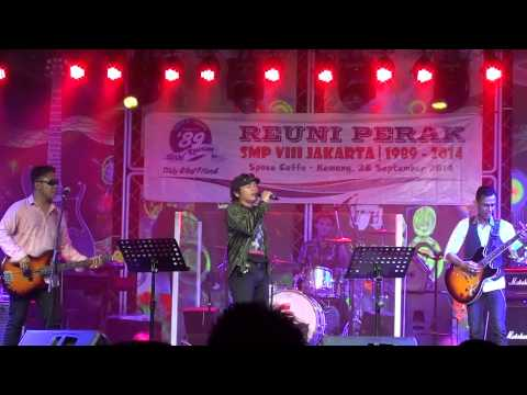 She's Gone Covered by Andri Sulaiman @ The Reunion Class of 89 SMP 8