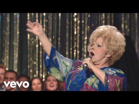 Loretta Lynn - Just A Little Talk With Jesus