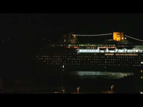 2-11-2013 E la nave (Costa Classica) và (via dal porto di Trieste)