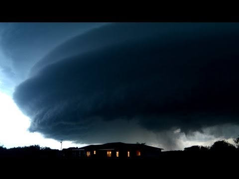 BEST STORM TIME-LAPSE: Beautiful Lightning, Tornadoes and Supercell Montage