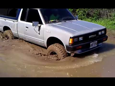 Nissan/Datsun 4x4 @ Kaena Point Waialua