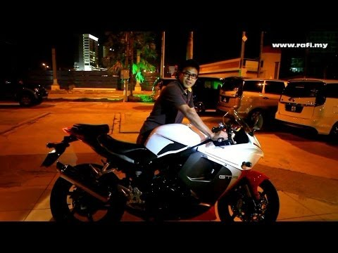 2014 Hyosung GT250R / Naza Blade GT250R Engine Revving & Flyby