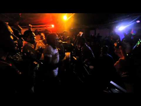 TOXIC CROW - A CASA LLENA ALEBREKE LOUNGE EN NAGUA