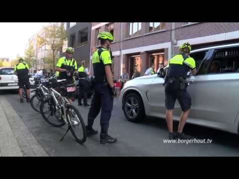 Politie stopt roekeloze trouwstoet in Borgerhout