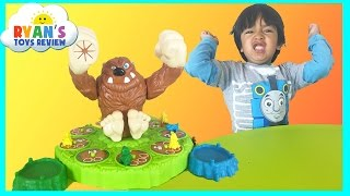 The Mashin' MAX game for kids with Egg Surprise Toys