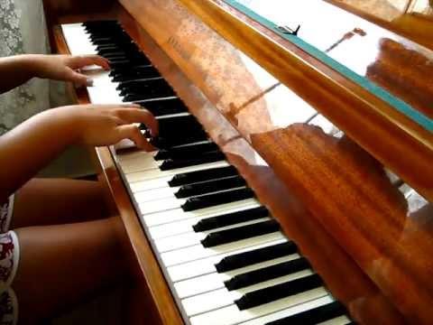 Восхитительный клубняк на фортепиано