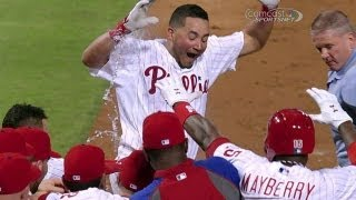Galvis hammers walk-off home run in ninth