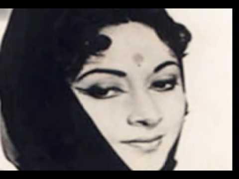 Aye Dil Hai Mushkil - C I D - with lyrics - Priya & Amitabh...