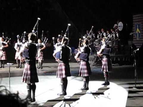 09.03.12 St Thomas Episcopal School at Scottish Festival