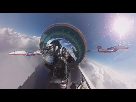 Su-27 cockpit 360 video: 'Russian Knights' aerobatic rehearsals for V-Day parade