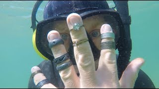 RIVER TREASURE, FOUND BIGGEST 💎DIAMOND RING💎, 9 RINGS UNDERWATER METAL DETECTING👍