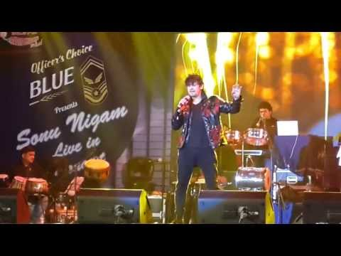 Sonu Nigam - Live in Concert - Video 2  -  Sun zara Soniye