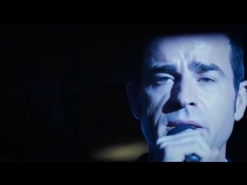 Justin Theroux sings Homeward Bound - The Leftovers 2x10