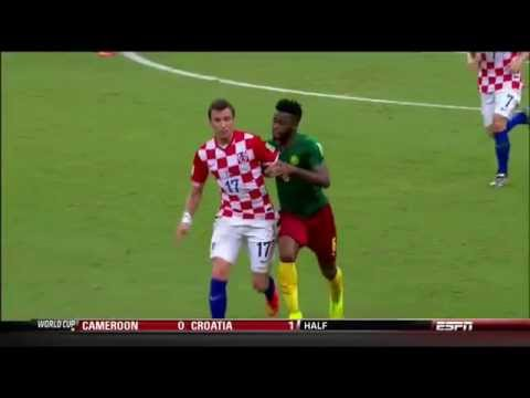 Alex Song punches Mario Mandzukic (red card) Cameroon vs Croatia (0-4) - World Cup 2014
