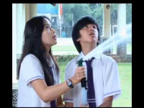 Promo Tendangan Dari Langit The Series video