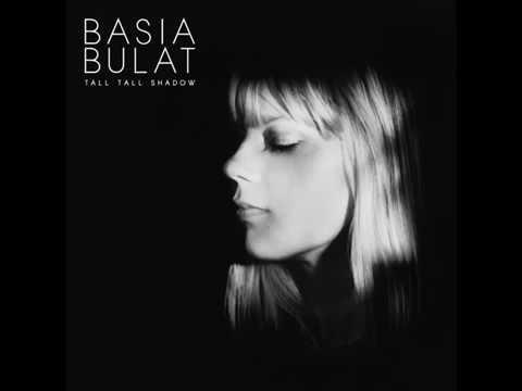 Basia Bulat - Paris Or Amsterdam