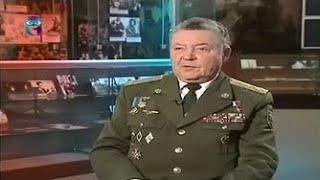 Александр Маргелов - полковник ВДВ в отставке, всю свою жизнь верен девизу «Никто, кроме нас».