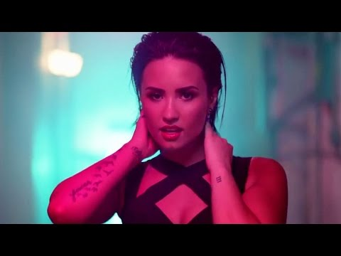 Demi Lovato 'Cool For The Summer' Music Video Highlights #1