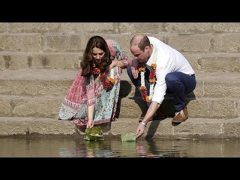 Prens Williams ve eşi Kate Middleton Hindistan'da
