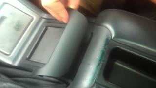 BMW E38, E39 Center Console Armrest Trim Replacement