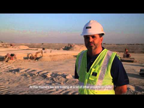 Hitachi EX1900-6 at the New Doha Port - Result (English)
