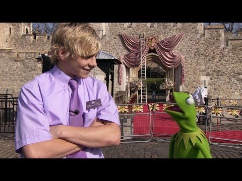 Sneak Peek with Ross Lynch - Muppets Most Wanted