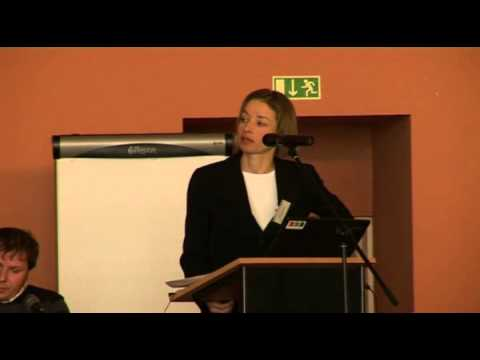 Improving access to housing for Roma: Eva Sobotka, FRA (romanes)
