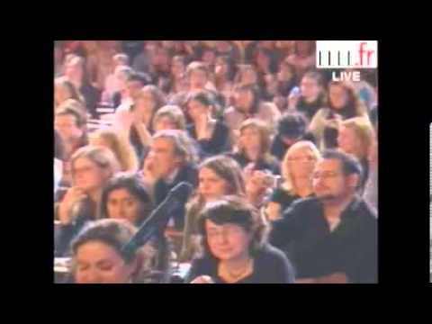 Jean-Marie Le Pen explose littéralement une lectrice de Elle