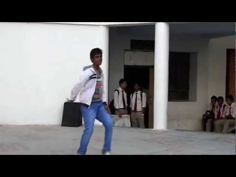 Awesome Dance By A College Student On Dope Shope.. video