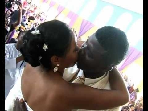 Exclusive! Comedian Seyi Law wedding Video - Afrotainment Media