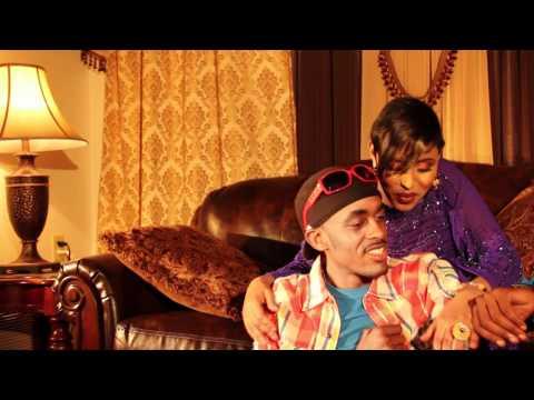 Dhunkasho 2012 Dalmar Yare & Farhiyo Kabayare OFFICAL VIDEO