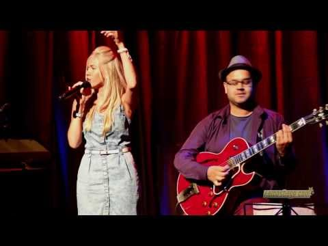 Kim Alvord LIVE   Valerie ( with Amy Winehouse guitarist) official cover