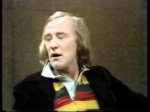 Richard Harris on Parkinson in 1973 Part 1