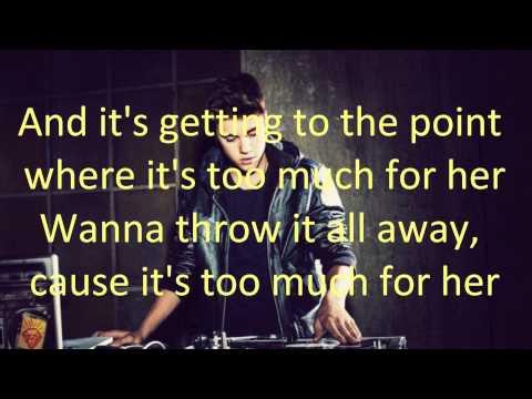 Justin Bieber - She Don't Like The Lights (with Lyrics)