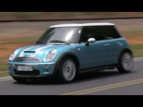 2005 Mini Cooper S (R53 6-spd) Start Up. Exhaust. Test Drive. and In Depth Review