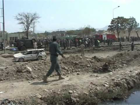 Suicide attack kills 6 Italian soldiers, 10 Afghans