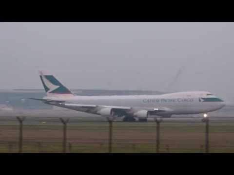 Cathay Pacific Cargo Boeing 747-400F B-LIE