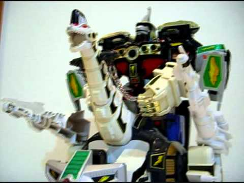 Deluxe Titanus The Carrier Zord (conclusions) - CollectionDX