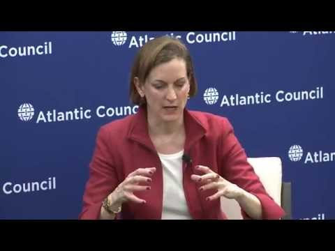 Anne Applebaum: Between East and West