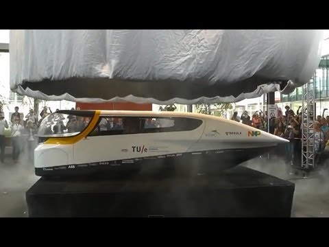 Presentation Solar Team Eindhoven Stella world first family solar powered car World Solar Challenge