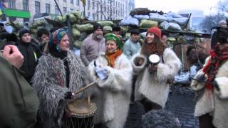Дах Дотерс - концерт на барикадах. Dakh Daughters sing at the barricades. 08/02/2014