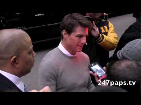 Tom Cruise Rocks The Fans at the Dave Letterman Show in NYC