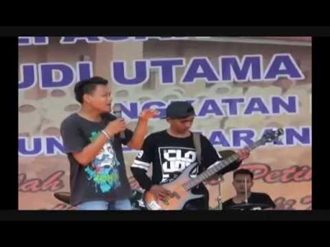 Duet mantap...Keroncong Perpisahan ...Cover Sebelas TKJ Feat ayuni