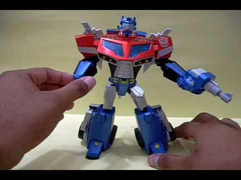 Revision. Review 84: Transformers Animated Optimus Prime Voyager Japones en español