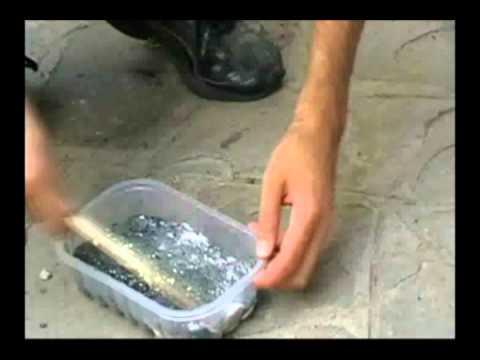 Come fare la polvere da sparo in casa (o meglio in giardino)!