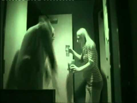 Halloween Scare Prank with Michael Myers!