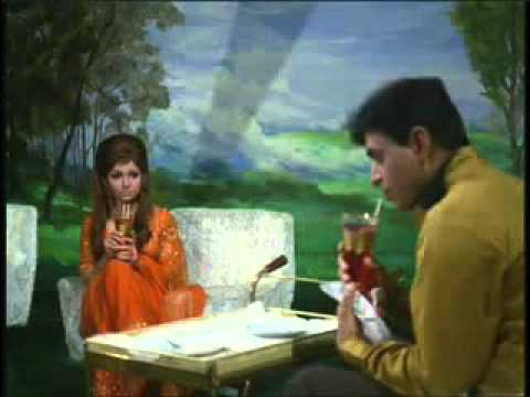Hindi Song  Kitni Akeli Kitni Tanhaa  Lata Mangeshkar.mpeg
