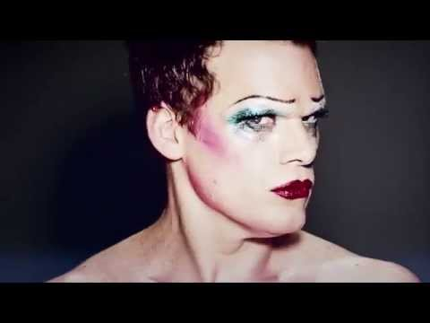 Michael C. Hall is HEDWIG | Hedwig and the Angry Inch