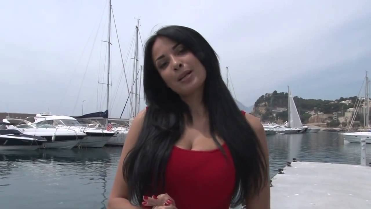 cleavage Video Anissa Kate naked photo 2017