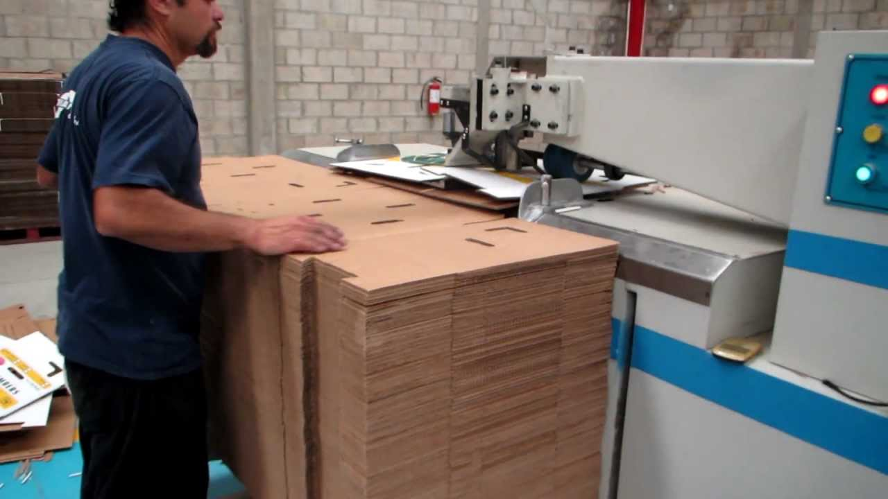 Grapadora semi automatica para caja de carton youtube - Grapadora para madera ...